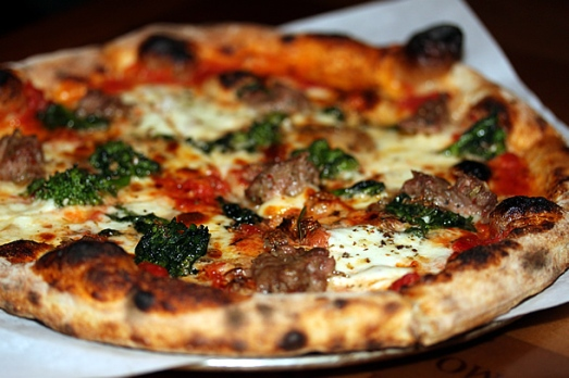 casa-nonna-manhattan-ny-pizza-610x407