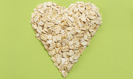 oats-in-heart-shape-001